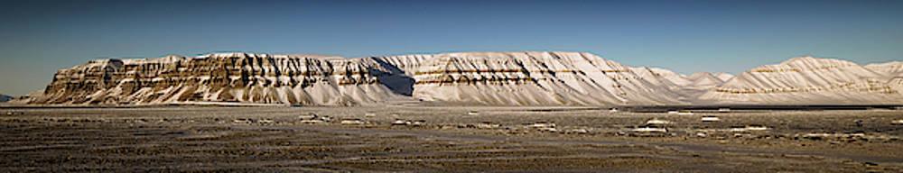 Tempelfjord Svalbard by Kai Mueller
