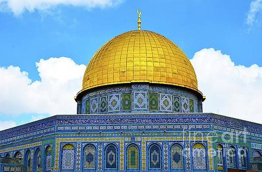 Temple Mount 3 by Del Art