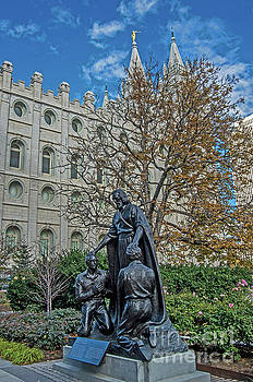 Temple Square Statue by Stephen Whalen