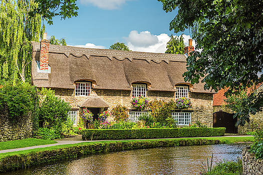 David Ross - Thatched Cottage, Thornton-le-Dale, Yorkshire