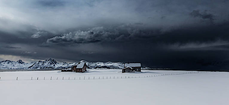 The abandonen houses by Frank Olsen