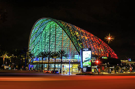 The Anaheim Regional Transportation Intermodal Center, California by Art Spectrum