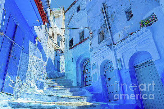 The Blue City, Chefchaouen, Morocco by Louise Poggianti