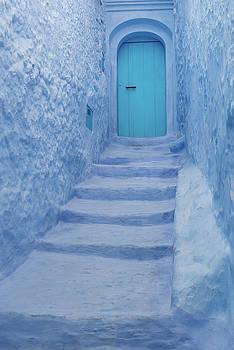 The blue door by Yuri San