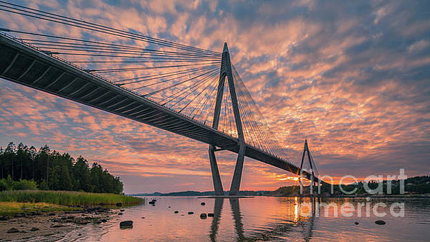 The bridge at Uddevalla by Henk Meijer Photography