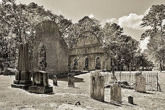 The Cemetery At Pon Pon Chapel Of Ease Jacksonboro South Carolina Black And White by Lisa Wooten