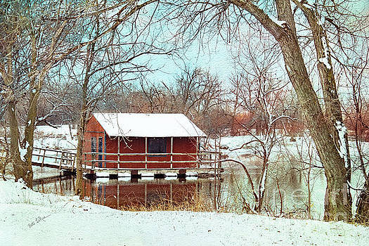 The Dockhouse by Betty LaRue