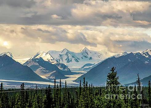 The Exquisite Beauty of the Alaskan Frontier by Jan Mulherin
