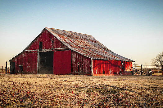 The Farm's Barn by Lisa Bell