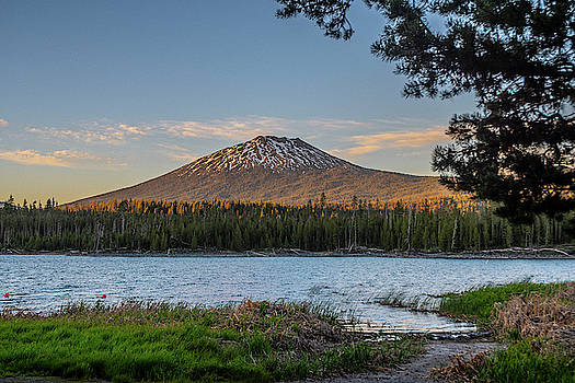 Matthew Irvin - The Golden Hour at Lava Lake