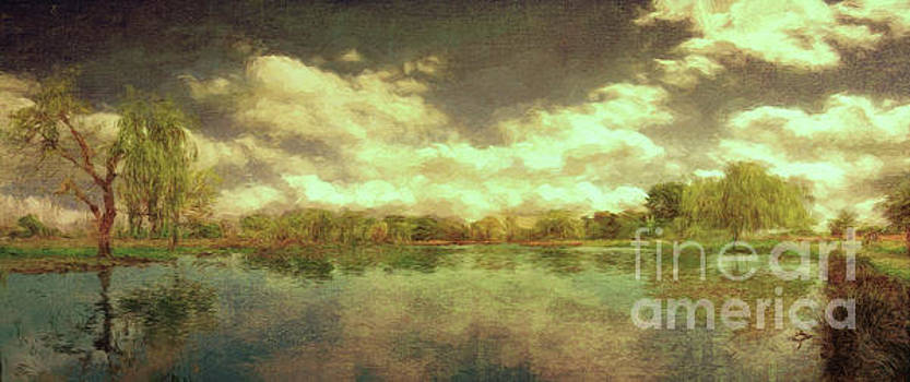 The Lake - Panorama by Leigh Kemp
