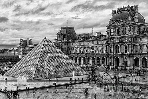 Wayne Moran - The Louvre Palace BW The Louvre Museum Paris France Musee du Louvre