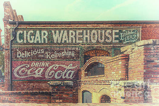 Dale Powell - The Old Cigar Warehouse - Greenville South Carolina