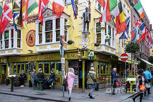 Bob Phillips - The Oliver St. John Gogarty Bar One