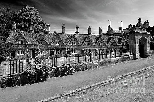 The stone built Almshouses at Chipping Norton town by Dave Porter