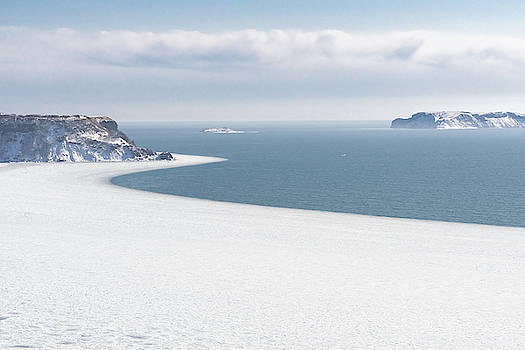 Ellie Teramoto - The Winter Shore of Frozen Ocean - Hokkaido, Japan