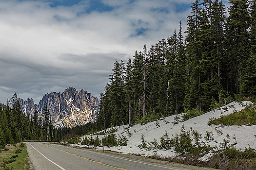 Julieta Belmont - A mountain at the end of the road, North Cascades National Park, Washington