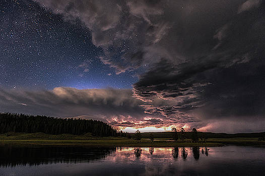 Tibor Vari - Thunder and Lighting in Yellowstone