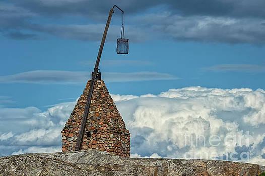 Tipping Lantern by Nina Stavlund