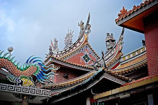 Tran san shenyu roof 2 by Russ Barneveld