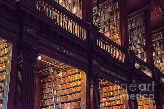 Bob Phillips - Trinity College Library Books