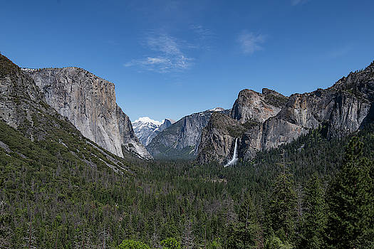 Tunnel view  by Khalid Mahmoud