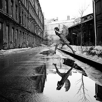 Umbrella by Anka Zhuravleva