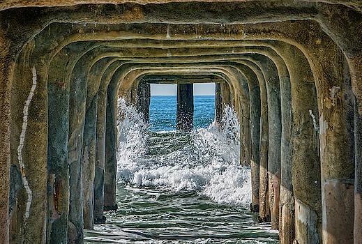Under the Pier Manhattan by Michael Hope