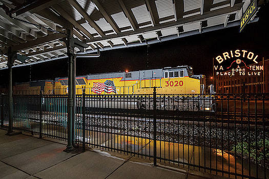 UP 3020 and the Bristol Sign by Greg Booher