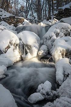 Upper falls - arctic by Brian Hale