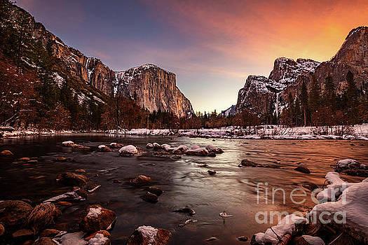 Valley View Awakening by Jamie Pham