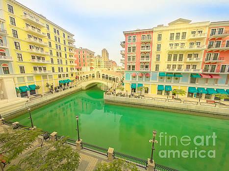 Venice bridges Doha by Benny Marty