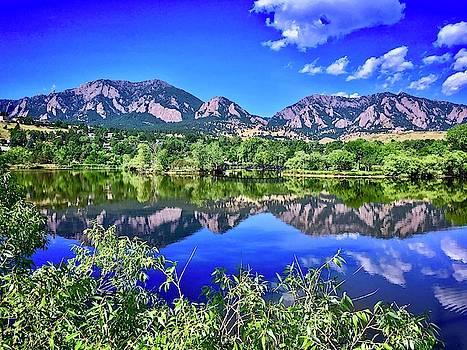 Viele Lake 2 by Dan Miller
