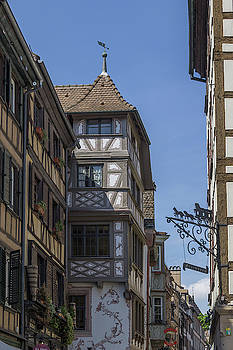 View Down Rue du Maroquin by Teresa Mucha