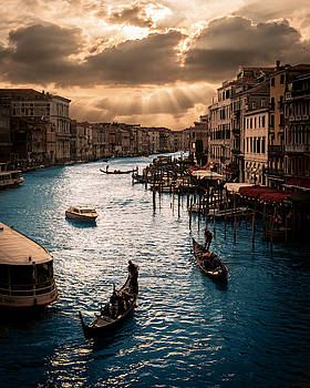 View from Rialto Bridge by Vincenzo Romano