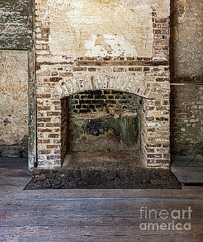 Dale Powell - Vintage Fireplace - Aiken Rhett House