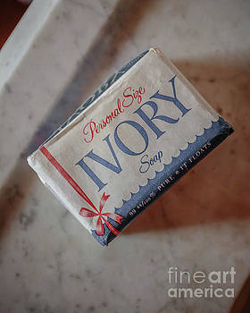 Edward Fielding - Vintage Ivory Soap