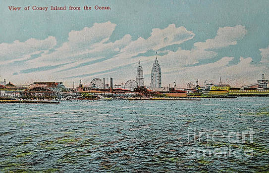 Patricia Hofmeester - Vintage postcard with view on Coney Island
