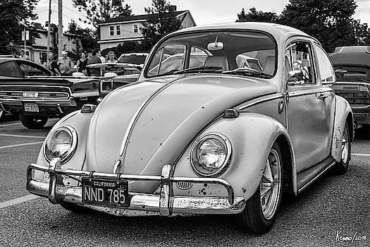VW Beetle by Ken Morris