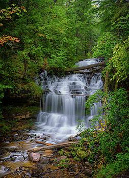 Wagner Falls by Jeffrey Klug