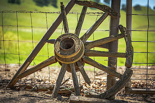 Wagon wheel country by Dave Prendergast