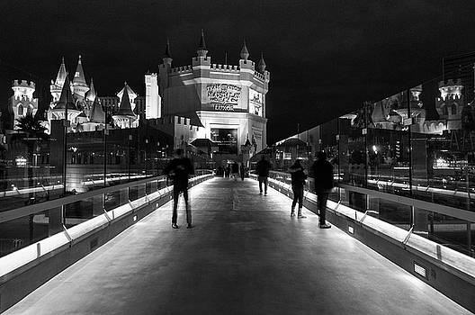 Walking the Strip at night by Peter Thoeny