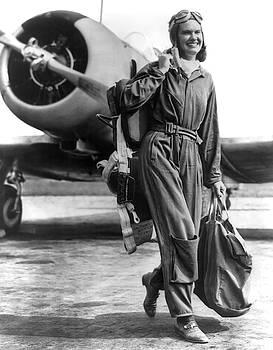Daniel Hagerman - WAR AVIATRIX c. 1942