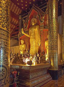 Wat Chedi Luang Phra Wihan Buddha Phra Chao Attarot DTHCM0044 by Gerry Gantt