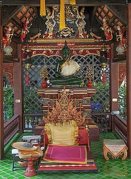 Wat Puack Chang Merit Pavilion Buddha Image DTHCM0167 by Gerry Gantt