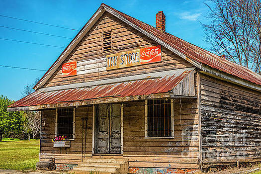 Wateree Country Store  by Thomas R Fletcher