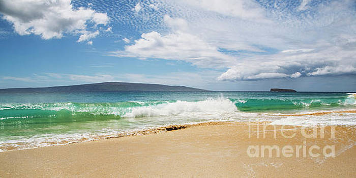Wave at Big Beach - Makena Maui by Charmian Vistaunet