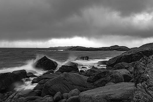 Waves hitting the rocks by Kai Mueller