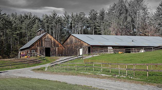 Cliff Wassmann - Weathered Barn in Vermont