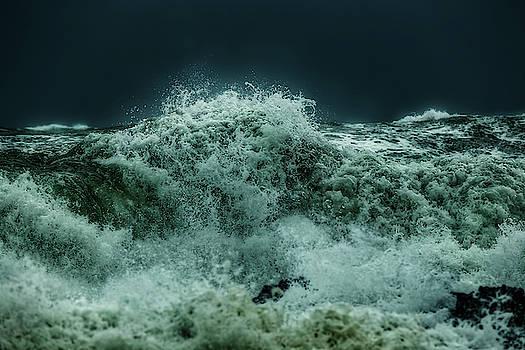 Whirlpool 2 by Werner Kaffl